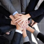 How Franchising a Business is a Team Effort